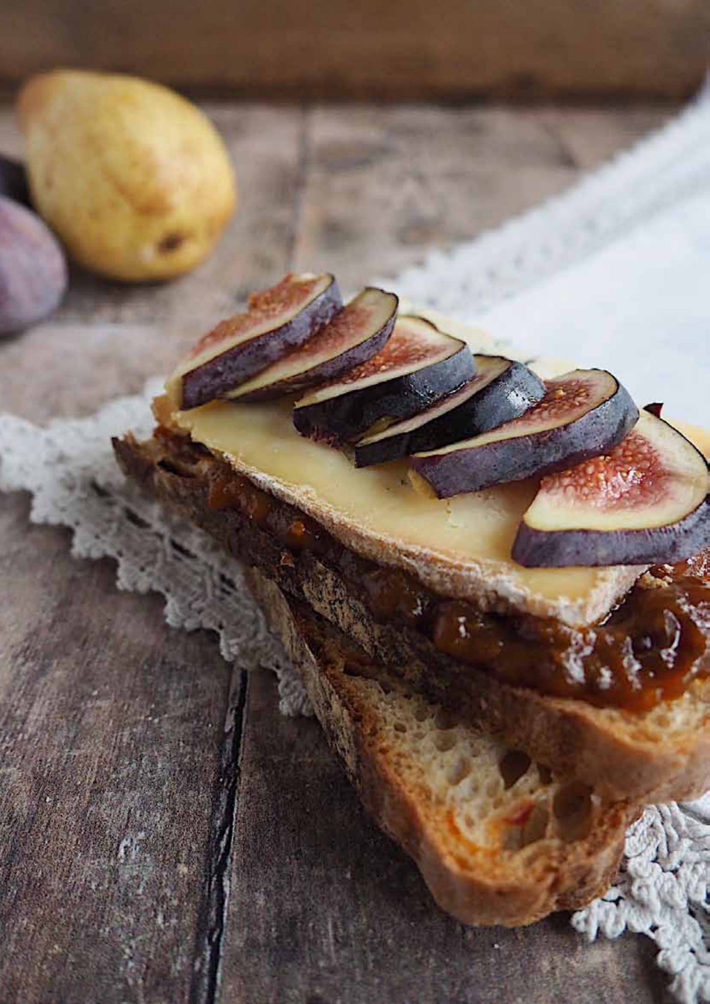 Dorset Blue Vinny Cheese with Woodbridge spiced pear chutney & figs on sourdough